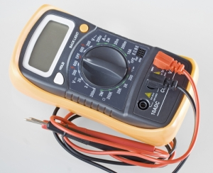 instruments-controlls-multimeter